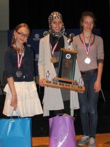 Céline Girouard (DS01), Sara Abdessamie (DS01) et Catherine Richard (DS11)